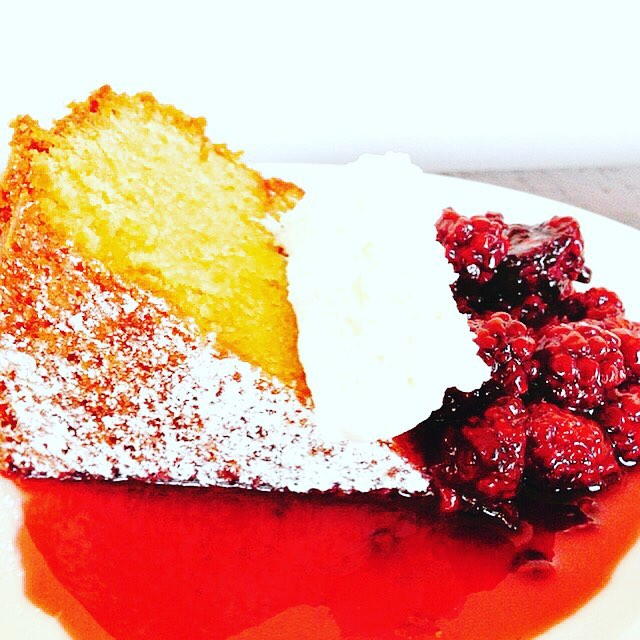 Craving something Summery Sweet?? Olive Oil Cake with Blackberry Compotehellip