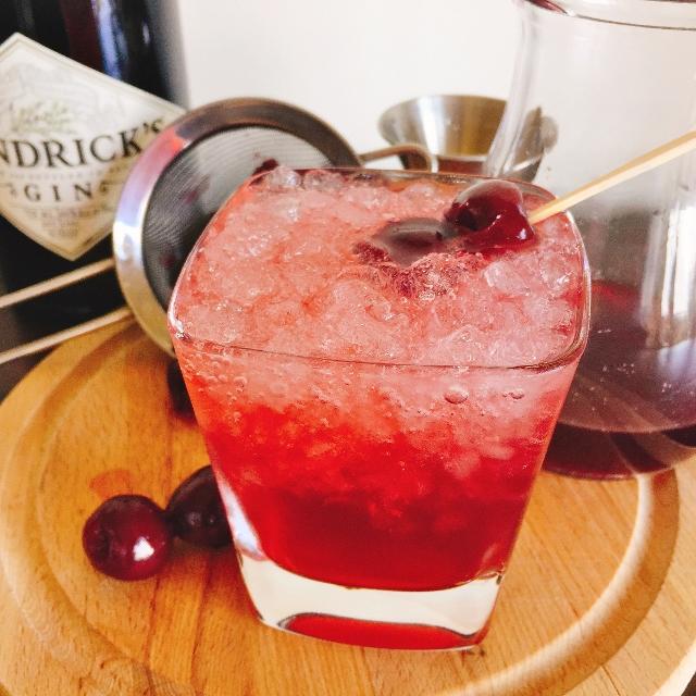 Cherry Gin & Tonic 038 (640x640)