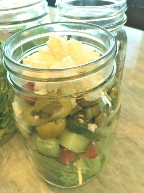 Mason Jar Lunch Salads – Recipe! Image 3