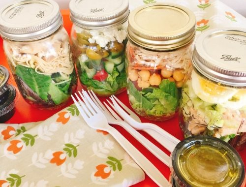 Mason Jar Lunch Salads – Recipe!