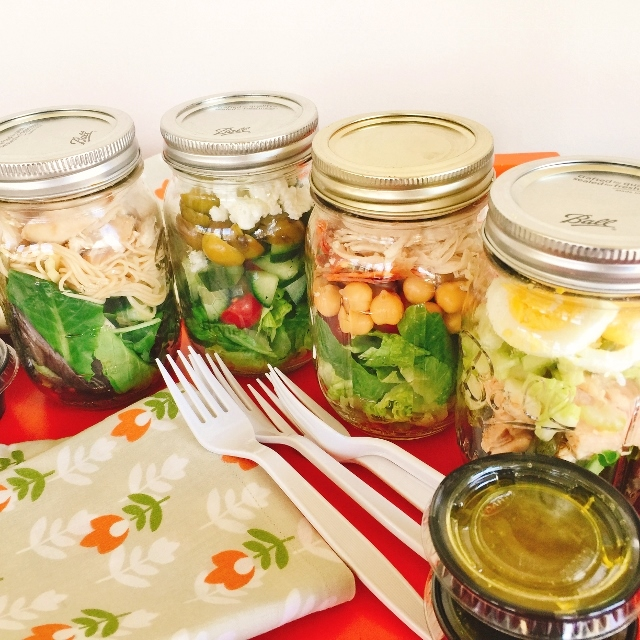 Mason Jar Lunch Salads – Recipe! Image 2