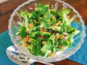 Broccoli Salad with Tahini Yogurt Dressing 073 (650x488)