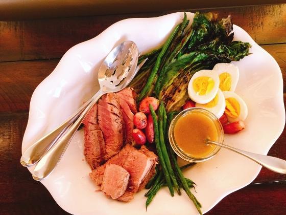 Grilled Nicoise Salad 078 (560x420)