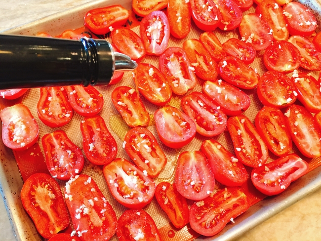 Preserving Roasted Tomatoes 031 (650x488)