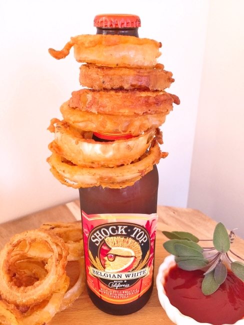 Beer & Sage Battered Onion Rings with Maple Sriracha Sauce – Recipe! Image 1