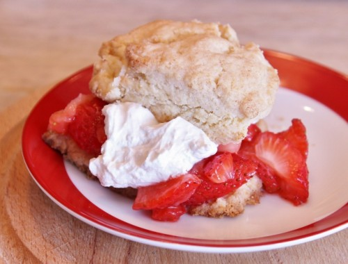 Strawberry Shortcake – Recipe & Video!