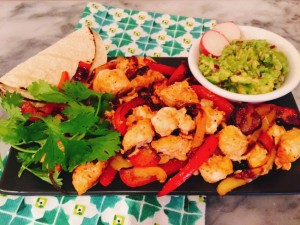 salmon-shrimp-fajitas-058-650x488