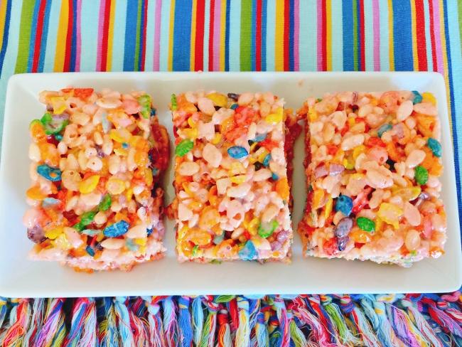 Tutti Frutti Rice Krispies Treats 101 (650x488)