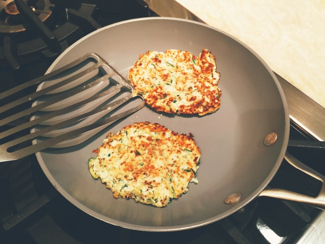 zucchini-ricotta-fritters-with-sauteed-shrimp-019-650x488
