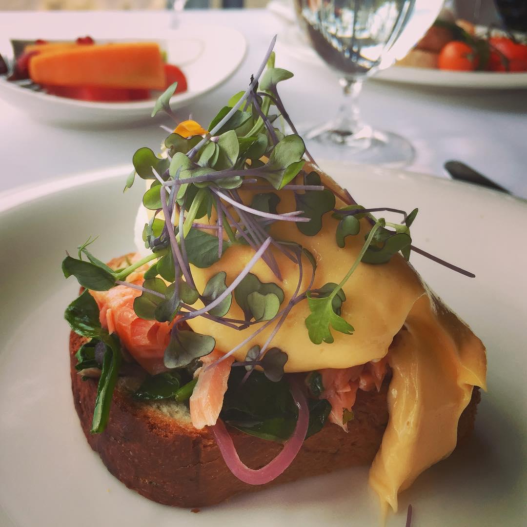 Smoked Salmon Benedict! breakfast saffirefreycinethotel tasmania livelovelaughfood