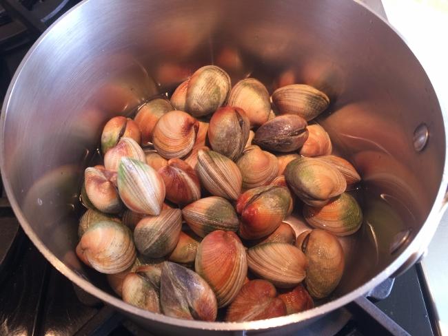clam-chowder-003-650x488