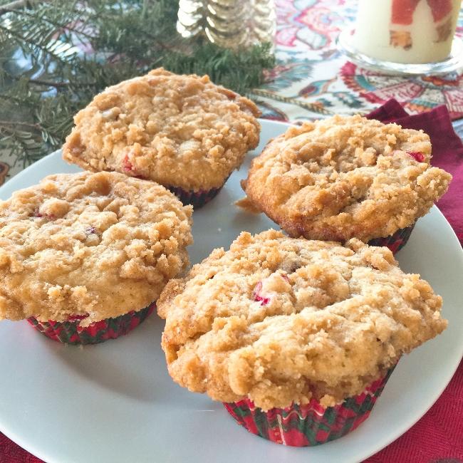 cranberry-crumb-muffins-051-650x650