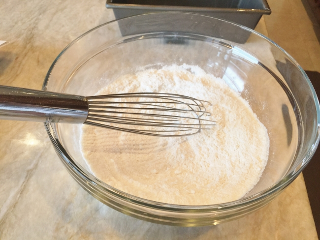 eggnog-pound-cake-003-650x488