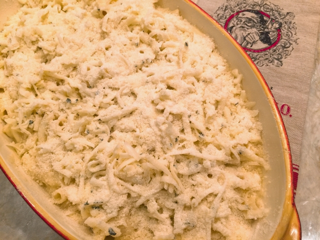 holiday-mac-and-cheese-026-650x488