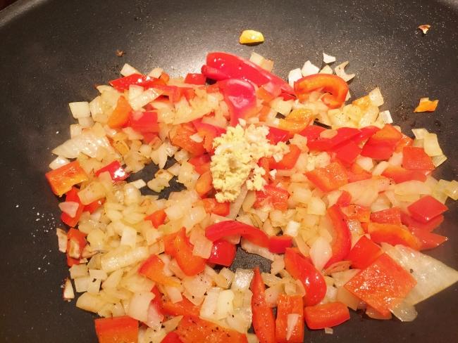 Chicken & Vegetable Thai Curry 008 (650x488)