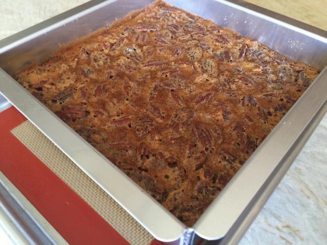 Pecan Pie Bars with Graham Cracker Crust 035 (650x488)