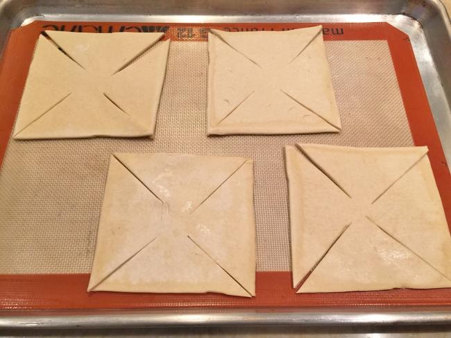 Pesto, Ricotta & Prosciutto Pinwheels 005 (650x488)