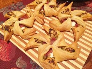 Pesto, Ricotta & Prosciutto Pinwheels 027 (650x488)