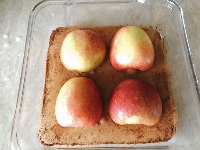 skinny-cinnamon-baked-apples-020-650x488