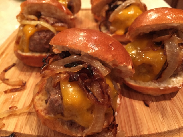 Beef & Cheddar Sliders with Caramelized Onions – Recipe! Image 1