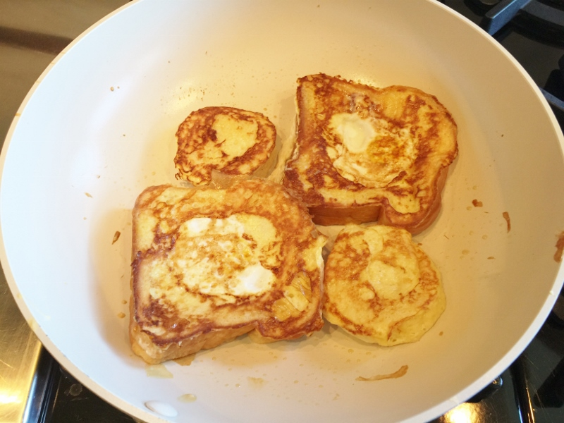 Toad in a Hole French Toast – Recipe! Image 7