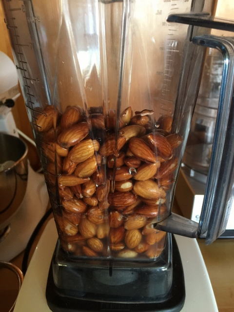 Homemade Almond Milk – Recipe! Image 5