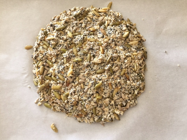 Seedy Crackers – Recipe! Image 4