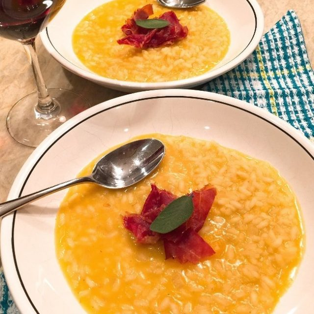 Nothing like a creamy warm bowl of Pumpkin Risotto onhellip