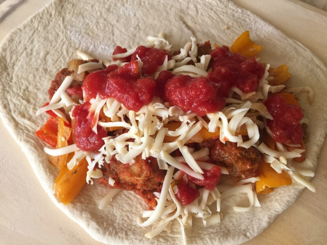 Meatball & Peppers Calzone – Recipe! Image 9