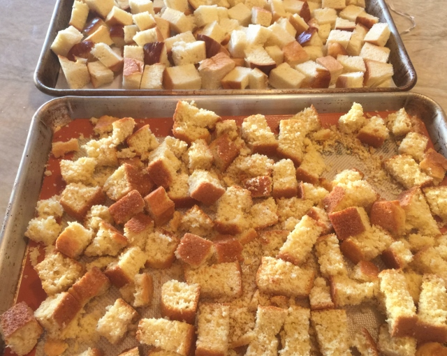 Cornbread, Turkey Sausage & Apple Dressing – Recipe! Image 4