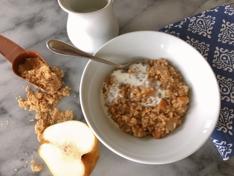 Instant Pot Pear & Cardamom Oats – Recipe! Image 1