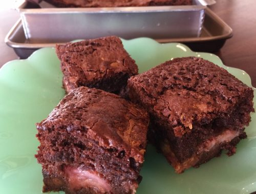 Roasted Strawberry & Shaved White Chocolate Brownies – Recipe!