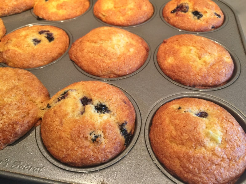 Sweet Corn & Blueberries Muffins – Recipe! Image 6
