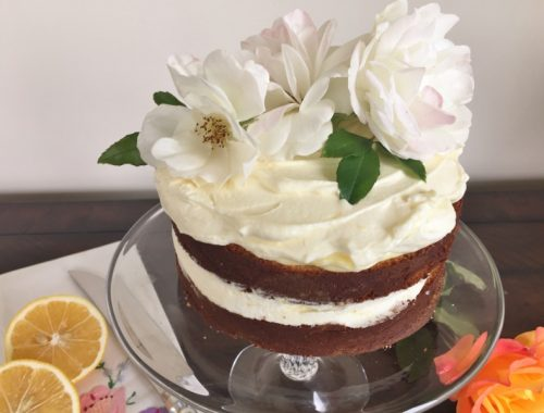 Lemon Elderflower Cake with Lemon Curd Cream – Recipe!