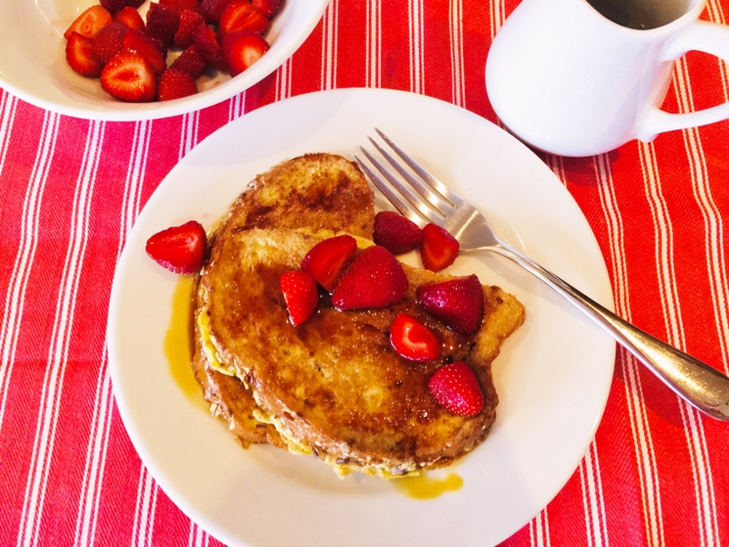 Bruleed French Toast with Strawberries – Recipe! Image 1