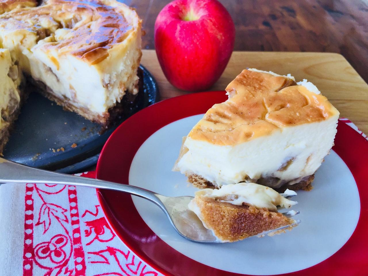 Caramel Apple Cheesecake – Recipe! Image 3