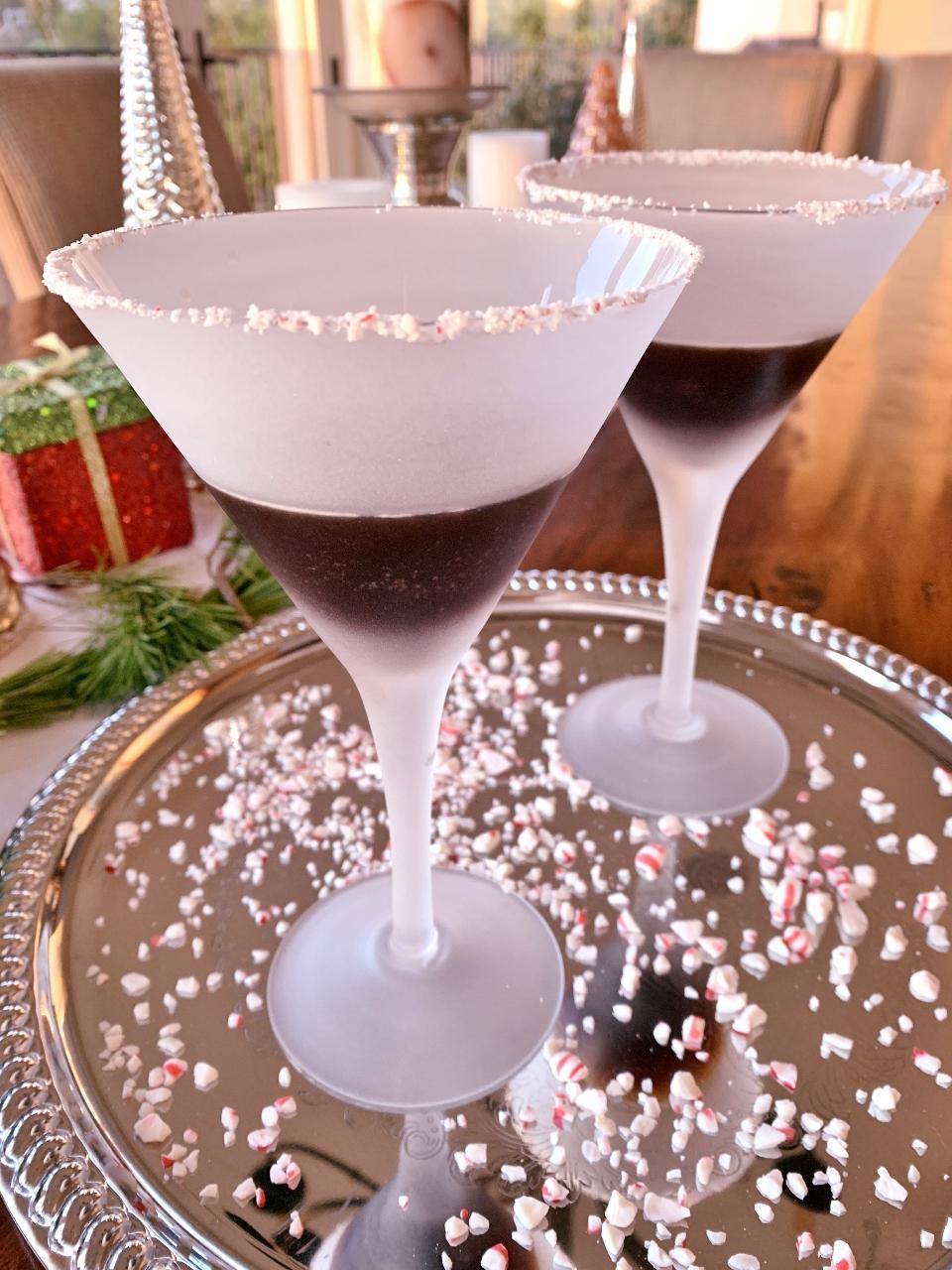 Chocolate Peppermint Martini's – Recipe! Image 2