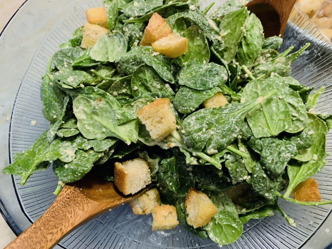 Spinach Caesar Salad with Garlicky Croutons – Recipe! Image 1