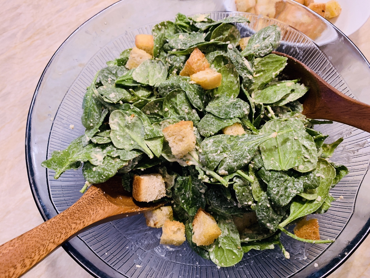 Spinach Caesar Salad with Garlicky Croutons – Recipe! Image 2