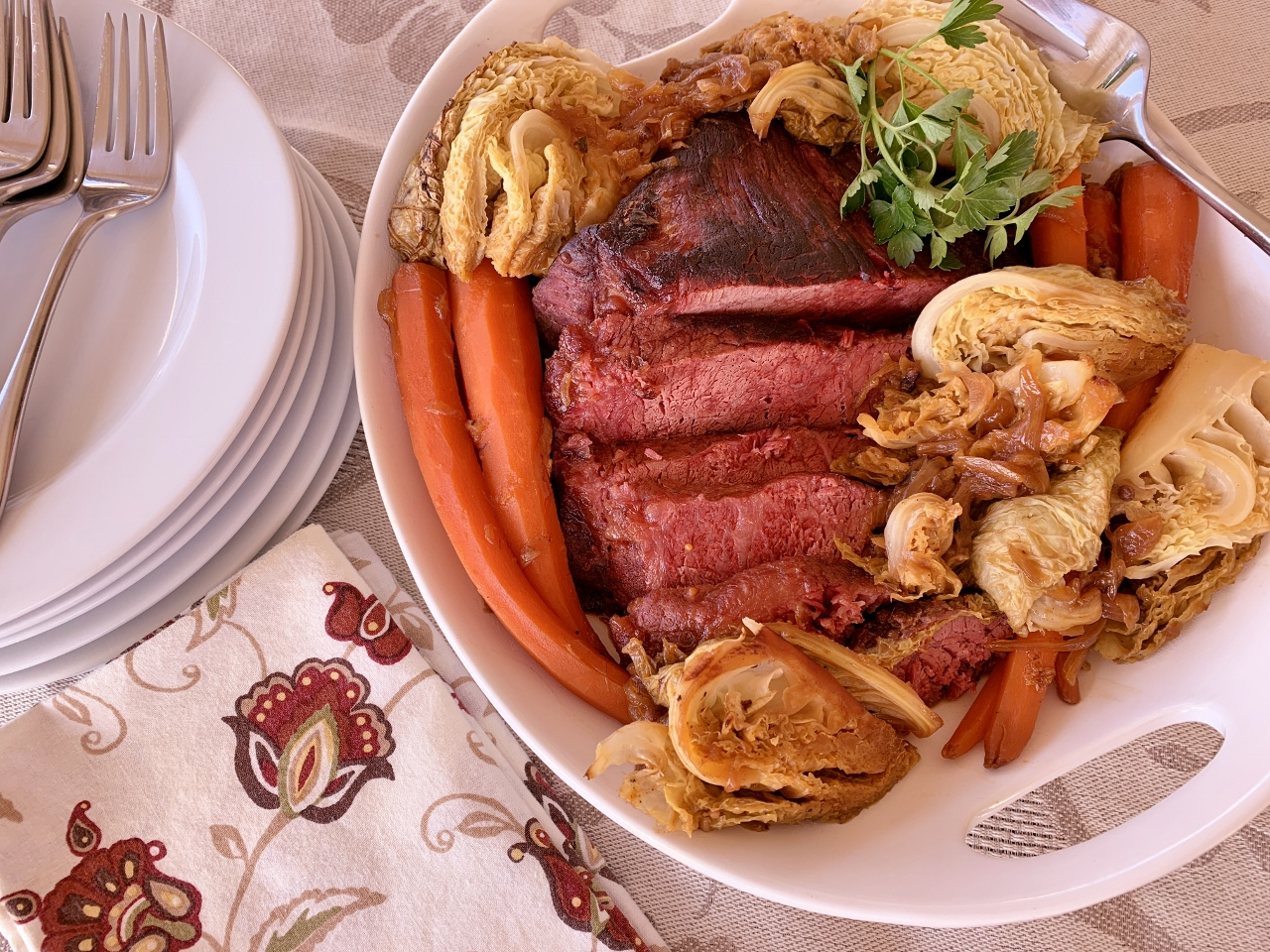 Apple Juice Braised Corned Beef & Cabbage – Recipe! Image 2