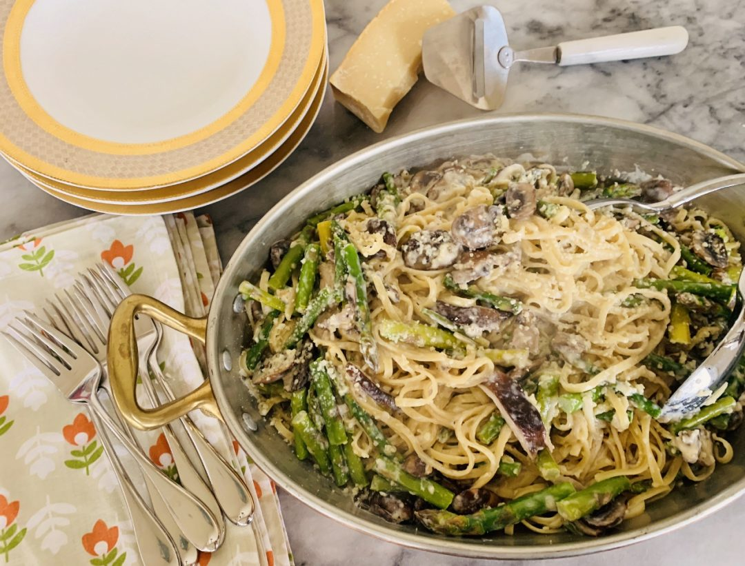 Creamy Asparagus & Mushroom Linguine – Recipe! Image 1