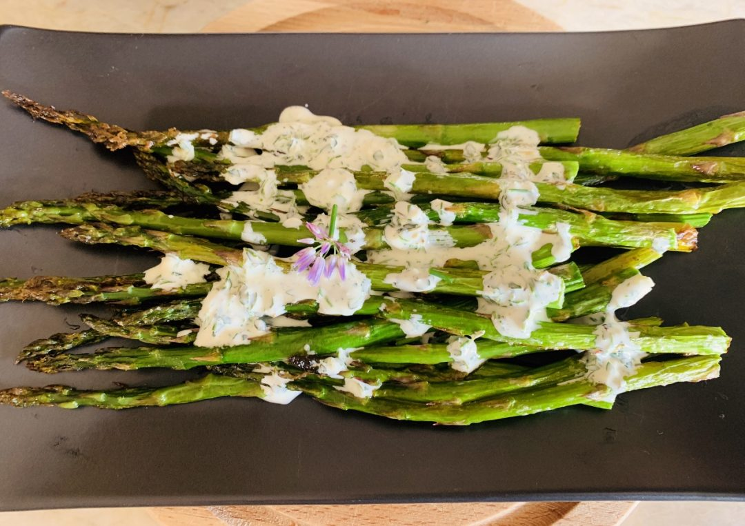 Roasted Asparagus with Herby Buttermilk Sauce – Recipe! Image 1