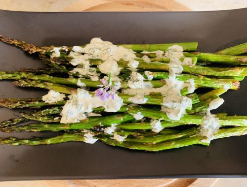Roasted Asparagus with Herby Buttermilk Sauce – Recipe!