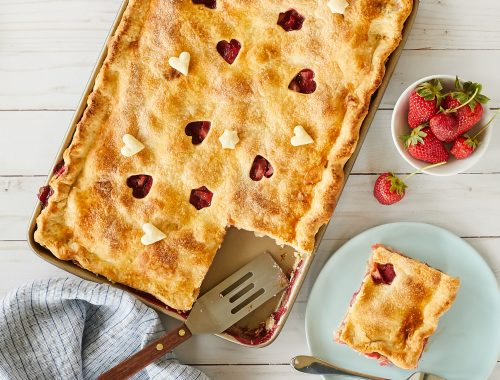 Strawberry-Raspberry Rhubarb Slab Pie – Recipe!