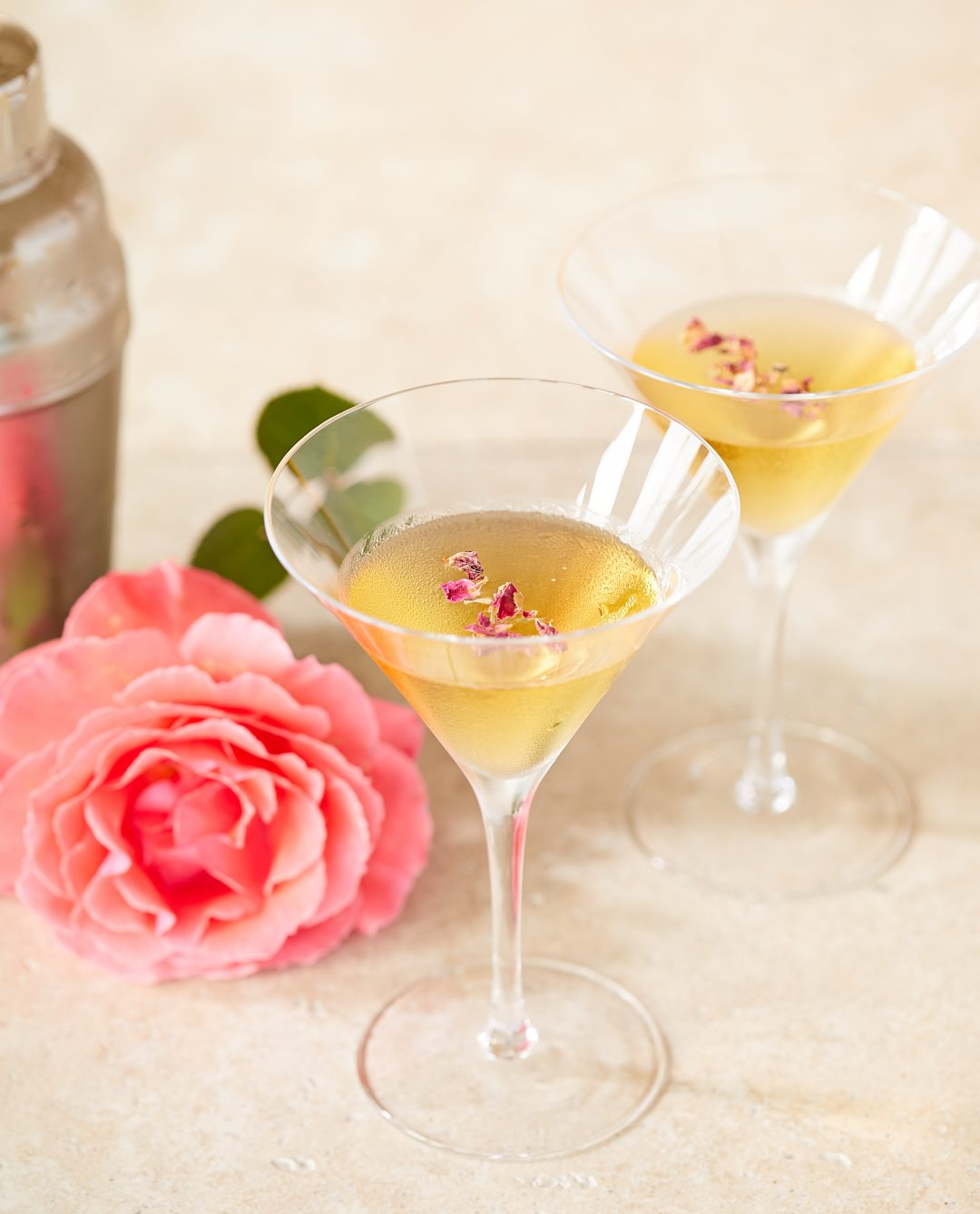 Rose Martinis – Recipe! Image 1