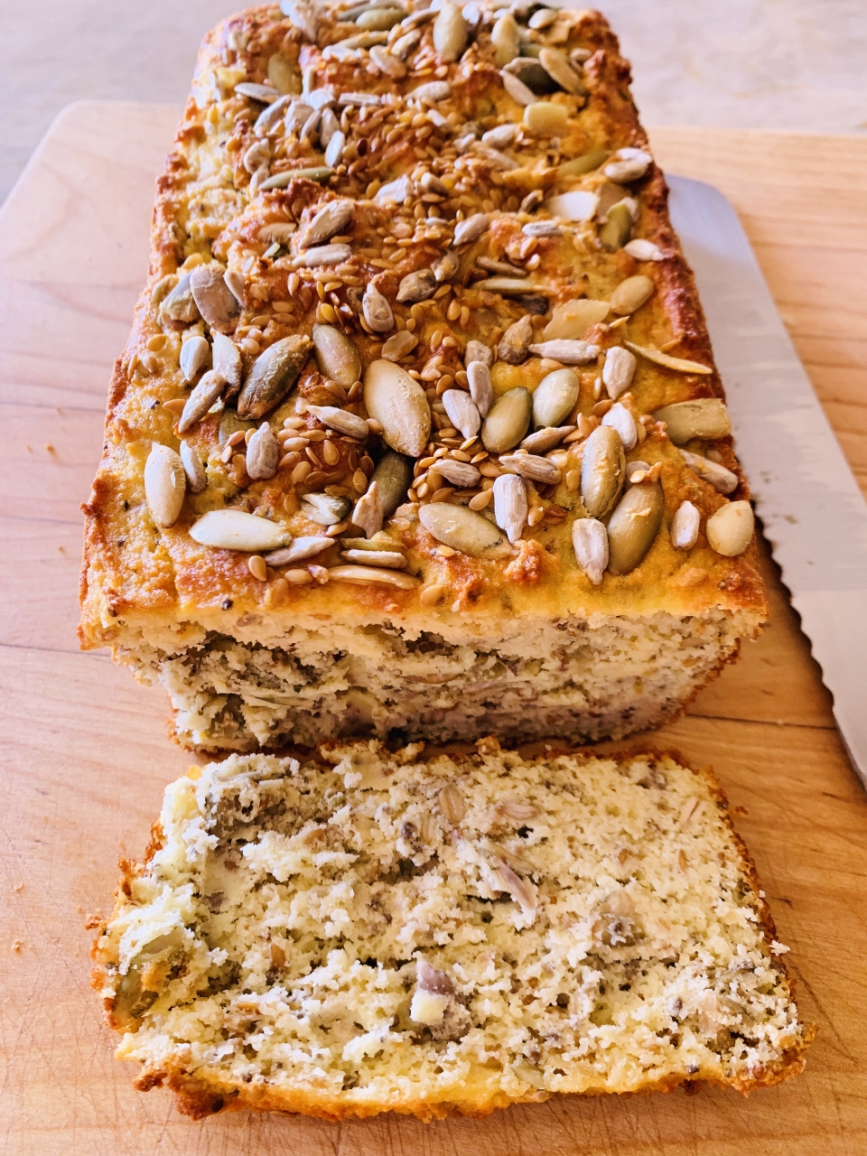 Low-Carb Seeded Bread – Recipe! Image 1