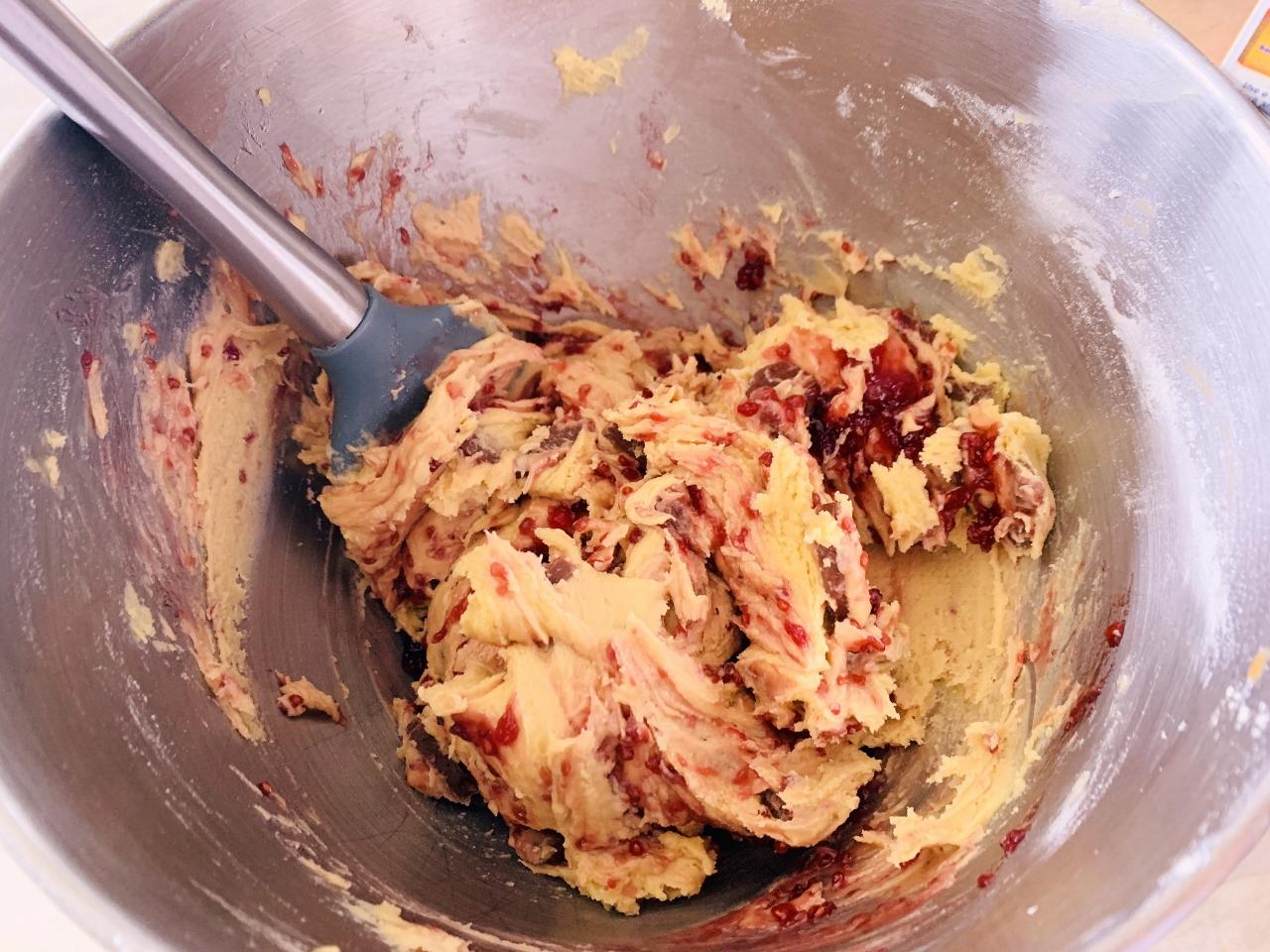 Raspberry Milk Chocolate Chunk Cookies – Recipe! Image 3
