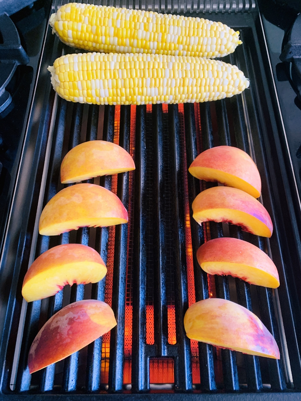 Grilled Peach & Sweet Corn Salad – Recipe! Image 4