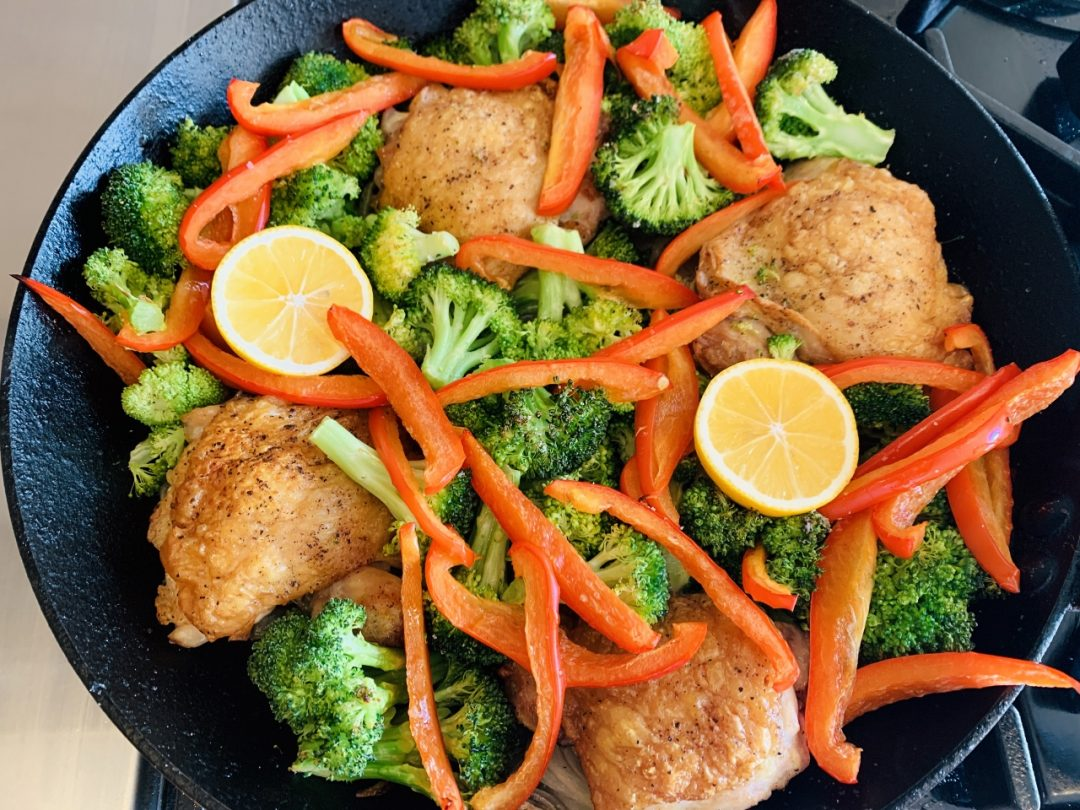 Skillet Chicken with Broccoli & Peppers – Recipe! Image 1