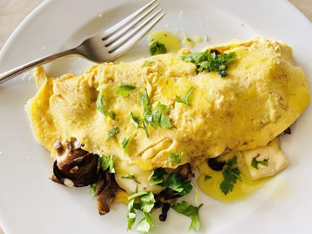 Mushroom & Brie Omelette – Recipe! Image 1